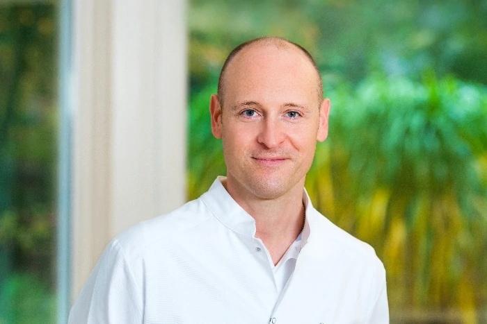 Portraitaufnahme Dr. Philipp Behrendt